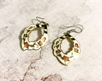 White Floral Cloisonne Earrings / Oval with cutouts and Flower