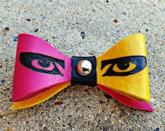 Siouxsie Sioux Eyes Bow Clip *SMALL*