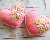 Gift for Valentines day decor, Pink Heart ornament, Felt Heart ornament, Valentine decorations, Floral heart ornament, Valentine's day gift