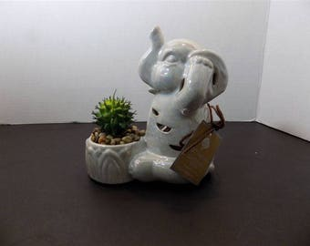 NEW RARE Ceramic Hear No Evil Good Luck Elephant Figurine GC Naturals Potpourri Sachet Scent Holder & Faux Cactus Zen