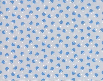 Moda Fabric - Bloomsbury Light Grey 47516 20 by Franny & Jane - Quilt, Quilting, Crafts