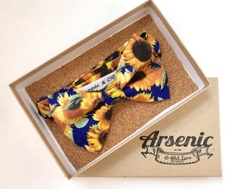 Floral bow tie | mens bow tie | sunflower bow tie | blue bow tie | boys bow tie | toddler bow tie | vintage bow tie | womens bow tie