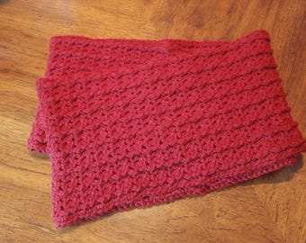 Chunky Ribbed Infinity Scarf in Burgundy