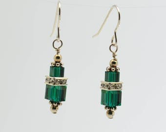 Emerald Green Swarovski Crystal Squaredelle Earrings // May birthstone Earrings // Special occasion earrings // Bridesmaid jewelry