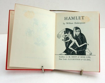 Hamlet William Shakespeare 1930s Vintage old book English Vintage Book