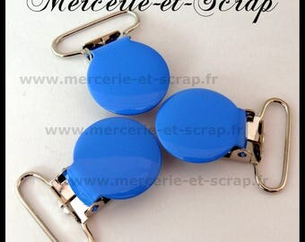 2 clips attached round 25mm blue