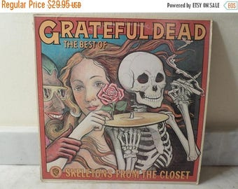 Save 30% Today Vintage 1974 LP Record Skeletons From the Closet The Best of The Grateful Dead Excellent Condition 14446