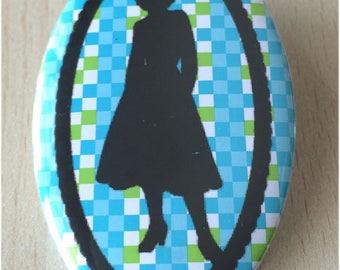 badge / brooch vintage silhouette fashion 33