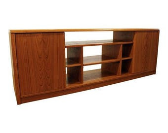 Mid-Century Danish Modern Elongated Teak Credenza/Media Console #130