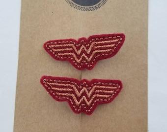 Wonder Woman Hair Clip Set