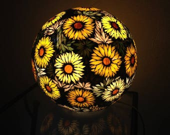 The sunflowers: a summer flower. Stained glass mosaic ball lamp