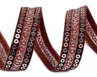 Velvet and embroidered with silver sequins 15 mm Brown satin ribbon