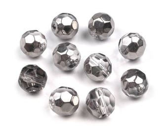 10 metal silver 8 mm faceted glass beads