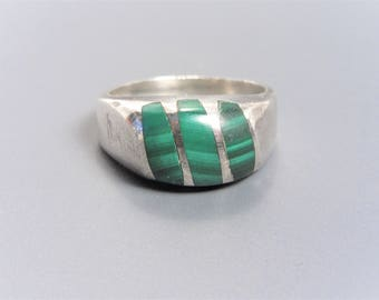 Mens Vintage Taxco Solid Sterling Inlaid Malachite Dome Ring Size 12