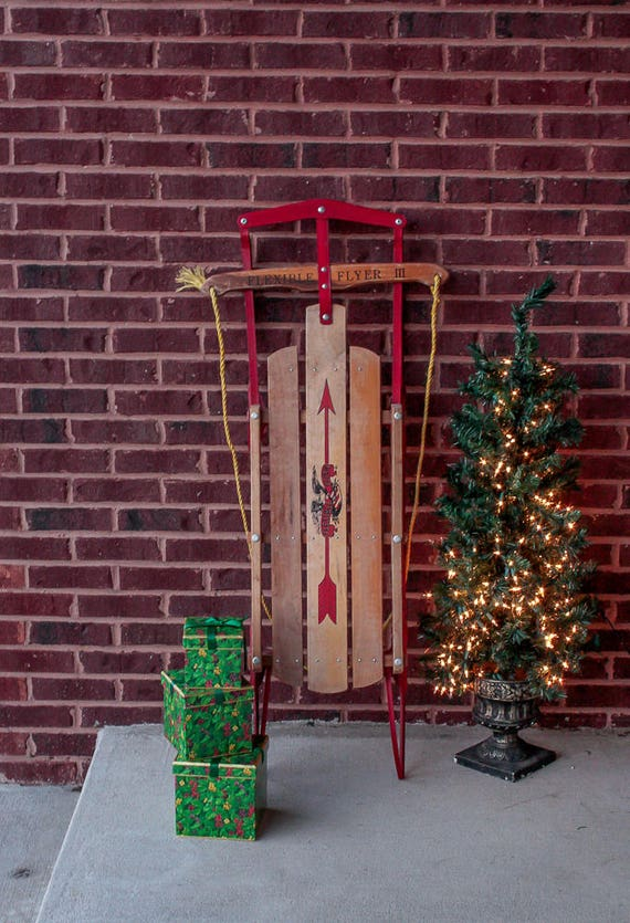 Flexible flyer iii wooden sled vintage nostalgic holiday decor for Antique sled christmas decoration