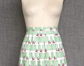 ON SALE 1970s Abstract Patterned Skirt