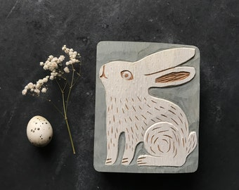 HASE, Holzrelief in Eiche