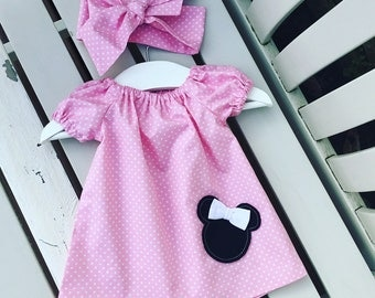 Pretty pink Disney Minnie Mouse BABY GIRLS dress in 100% cotton pale pink spot fabric in ages 0-3 months 3-6 months 6-12 months