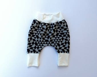 Baby and toddler geometric harem pants // harem pants // leggings // boy leggings // girl leggings