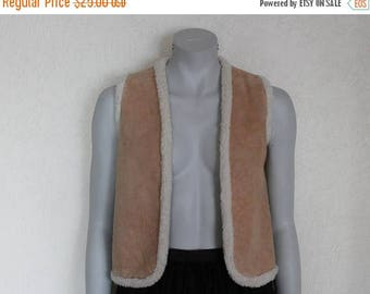 ON SALE Women's Vest Brown Vest Beige Warm Vest Faux Fur Women Vest Brown Waistcoat  Comfortable Romantic Vest