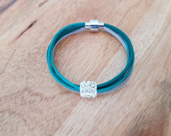 Turquoise Mommy & Me Matching Bracelets - Mom Daughter Leather Bracelets - Mom Matching Set - Blue Leather Bracelets - Mom Daughter Jewelry