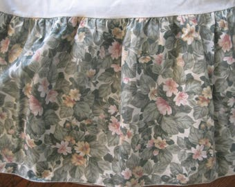 Martha Stewart, Queen Dust Ruffle, Bed Skirt, 1989, Green, Pink, Floral, Pacific, Springs Industries