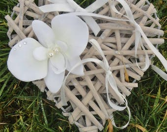 Ring bearer wedding ring pillow Bridal, rattan heart and ivory - white - wedding bride Orchid holder