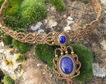 Macrame necklace lapis lazuli with a bronze setting - color beige