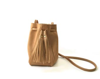 Mini Bucket Bag in Butter Rum