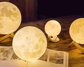LUNA MOON LAMP - Small 8/10cm - 3d printed Moon Lamp - rechargable lamp - led Light - Moon Light - Handmade Lamp - Space - Constellation -