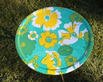 Vintage floral  round metal table - folding