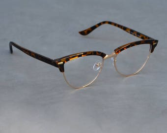 Faux Eyeglasses with Totoise Shell Cat Eye Detail