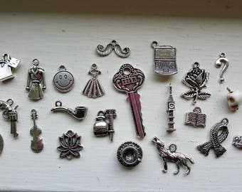Sherlock Charm Set 22 Piece Tibetan Style Antique Silver