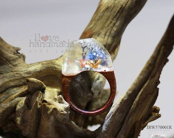 Resin and wood ring the magic world under the ocean, special and unique gift
