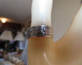 Vintage Unique Decorated Sterling Silver 925 Band, Size 9. Wt. 3 Grams, Hallmarked Sterling SW