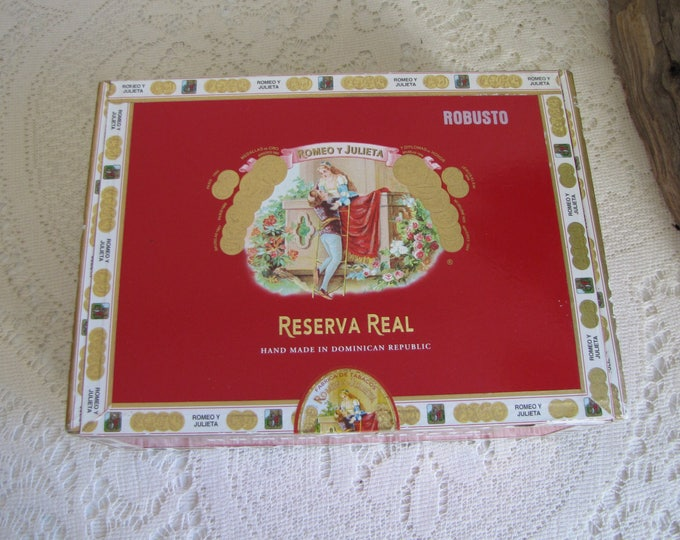 Romeo Y Julieta Cigar Box Red Papered Covered Cedar Box Reserva Real Tobacconist Jewelry and Trinkets