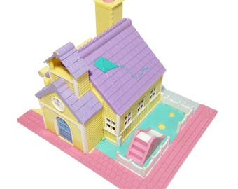 "Polly Pocket collection Pollyville ""Schoolhouse"""