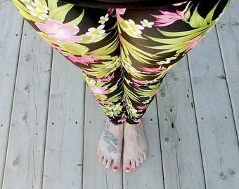 ON SALE Yoga pant - legging - spandex - for WOMEN
