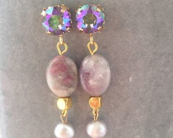 Rainbow earrings with Swarovski crystals, beads of natural stone and grey freshwater pearls.