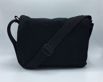 READY TO SHIP Peekaboo Messenger Bag, Waterproof, Black Canvas, Red Fleece, for Hedgehogs, and other Small Animals