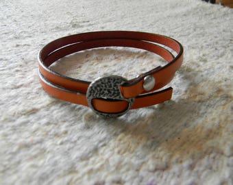 Orange clasp leather bracelet antique silver loop
