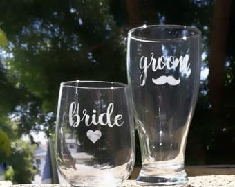 Bride and Groom Toasting Glasses, Etched Bride and Groom Glasses