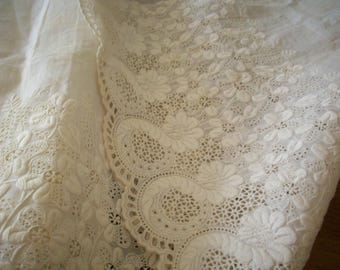 Gorgeous white work Ayreshire 1800s antique lace delicate design embroidery