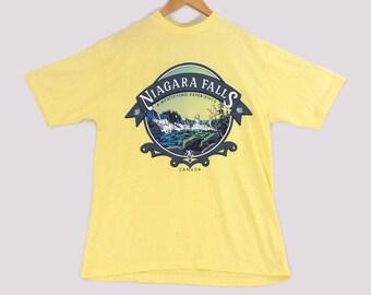 VTG 80s Niagara Falls Canada Tourist T-Shirt - Medium - Yellow - Tourist Tees - Ontario - New York - Vintage Tee - Vintage Clothing -