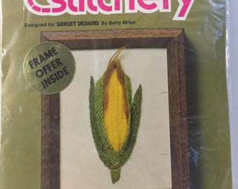 Jiffy Stitchery 307, Corn, Crewel, Embroidery, Needlework Kit, Kitchen Picture, Vegetable Embroidery,Sewing Project, Corn Print,Wall Hanging