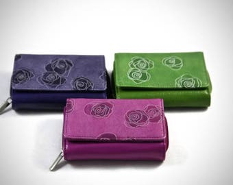 Hand crafted leather purse,wallet,woman,Italian leather,lilac,pink,green,brown,purple,high quality,genuine,real,medium size,black,zip,pouch,