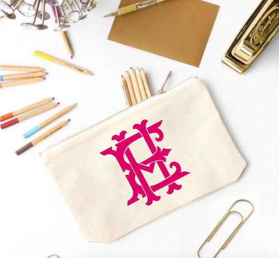 Monogrammed Bridesmaid Makeup bag, Monogram Cosmetic Bag, Monogram Makeup Bag, Girly Makeup Bag, Monogrammed Bridesmaid Makeup Bag