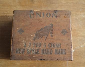 Vintage antique wood union 2 for 5 cent cigar box