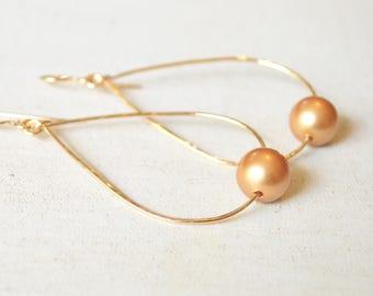 Pearl Teardrop Earrings, Gold Pearl Earrings, Hammered Teardrops with Pearl, Gold Teardrop Hoops