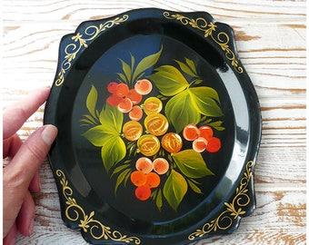 Zhostovo, a vintage tray / Жостово, винтажный поднос